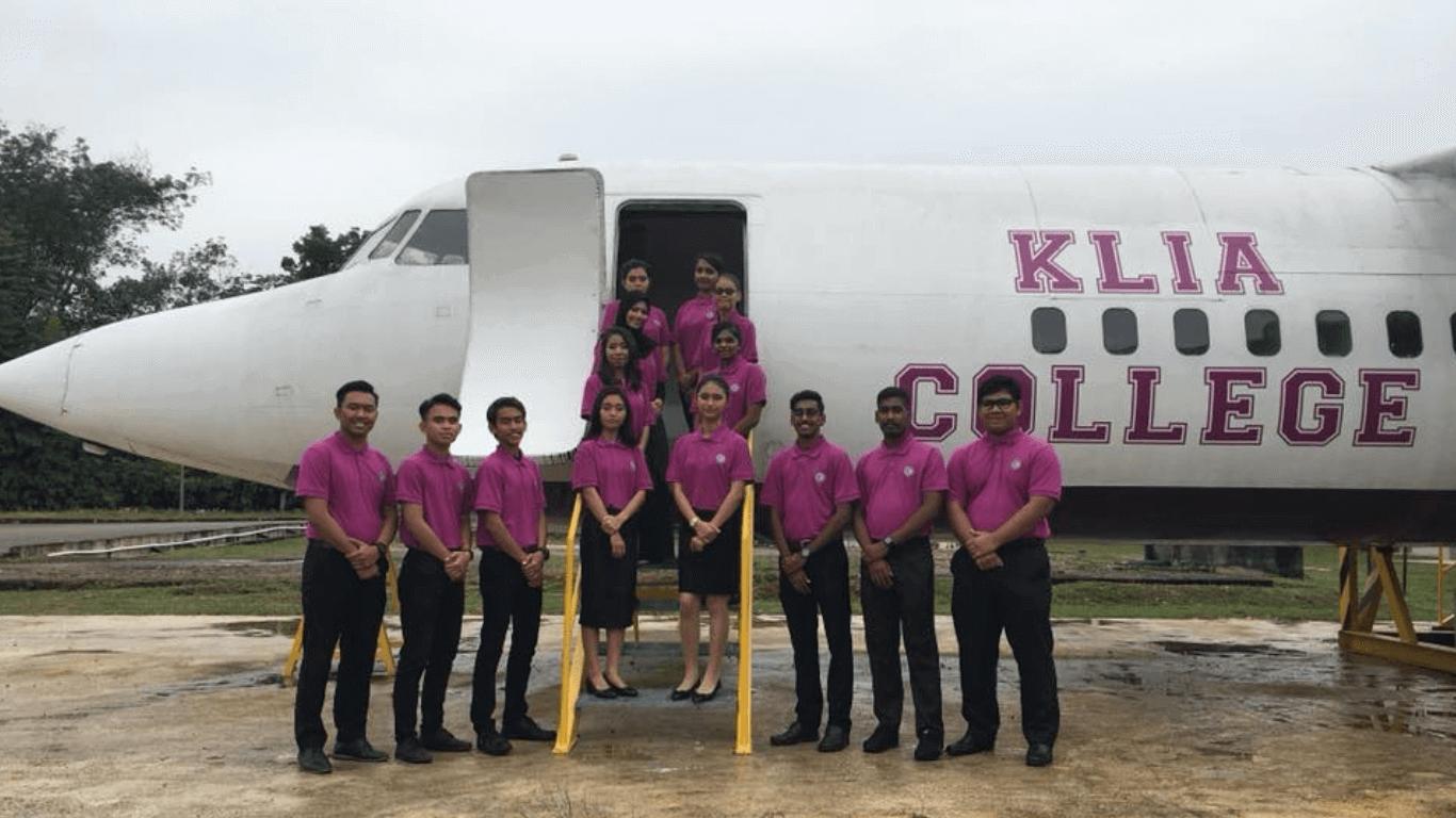 Sijil-penerbangan-dan-hospitaliti-klia-training-3-1-1.png